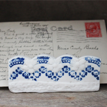 Single blue and white lace letter holder