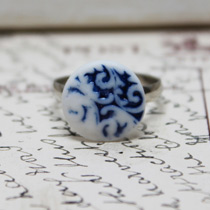 Blue inlay button ring