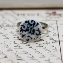 Black inlay button ring