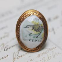 Brown bird cameo ring