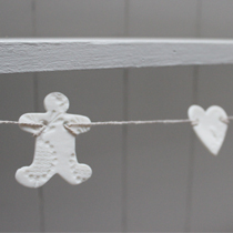 Christmas gingerbread and heart garland