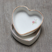 Mini porcelain heart dish with gold edging