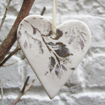 Gold leaf heart Christmas decoration