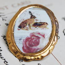 Hare cameo brooch