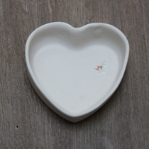 Mini porcelain rose heart dish
