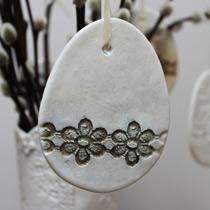 Large lace egg decoration