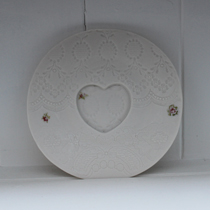 Ditsy rose heart saucer