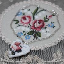 Rose heart brooch