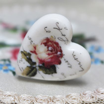 Rose heart ring