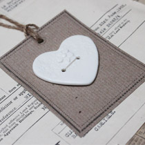White lace heart and flower button