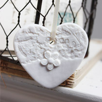 Lace heart hanging decoration